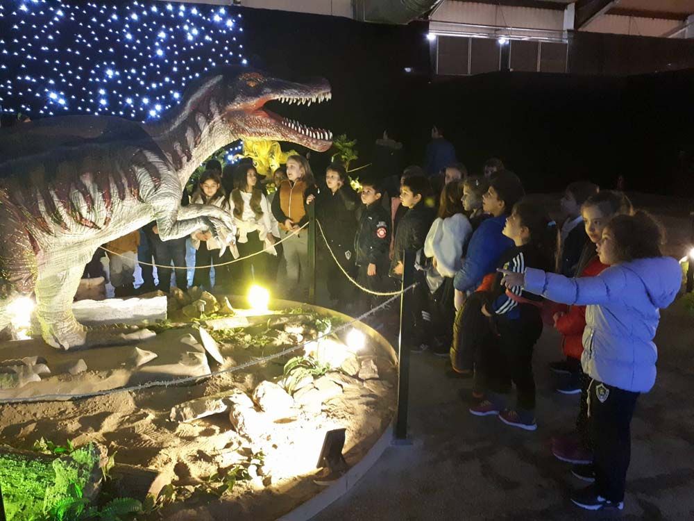 Επίσκεψη της Β' Δημοτικού στο πάρκο των δεινοσαύρων στη ΔΕΘ